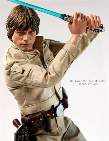DX07 Luke Skywalker Action Figure from Sideshow