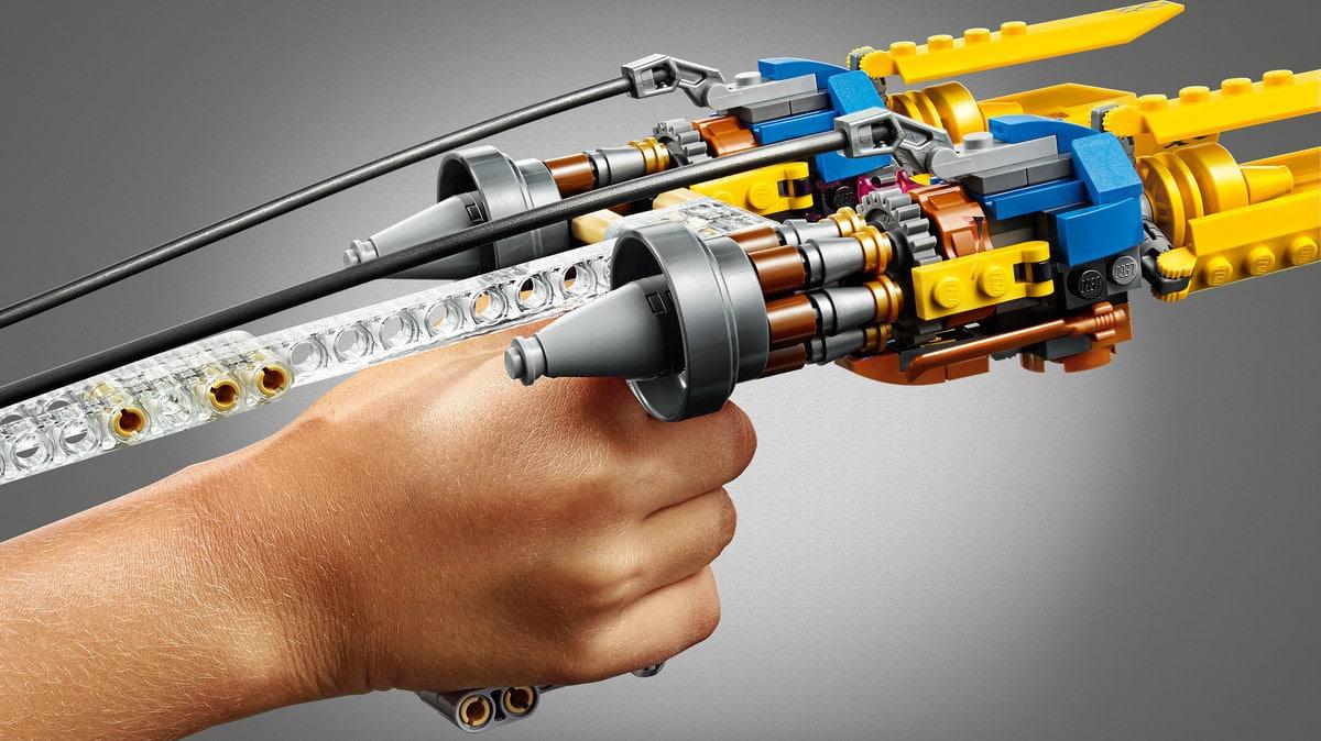 LEGO 75258 Anakin Podracer 20th anniversary detail 1