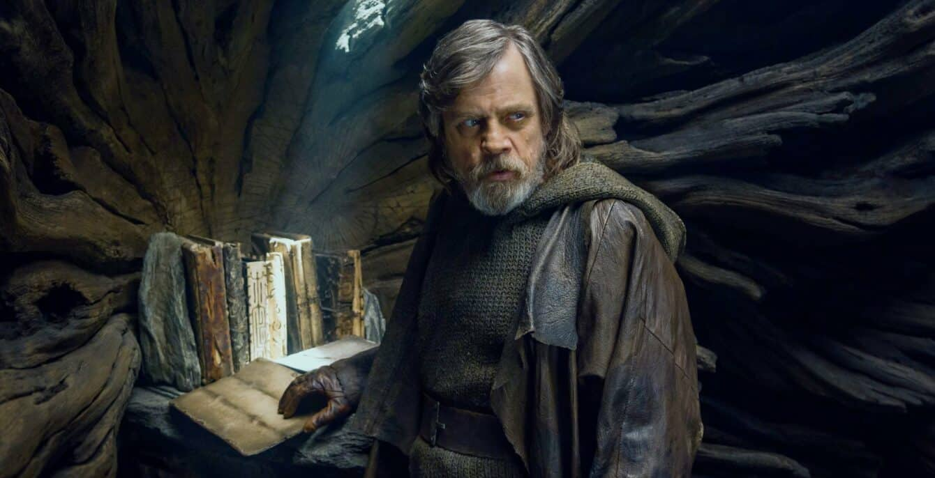 Star Wars Last Jedi Luke Skywalker with Jedi books