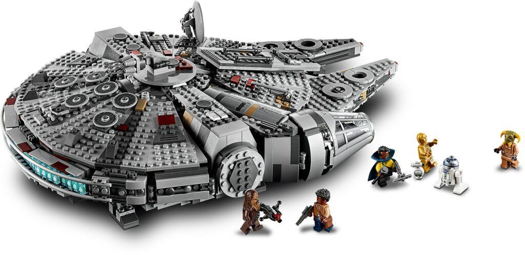 LEGO Star Wars 75257 Millennium Falcon set