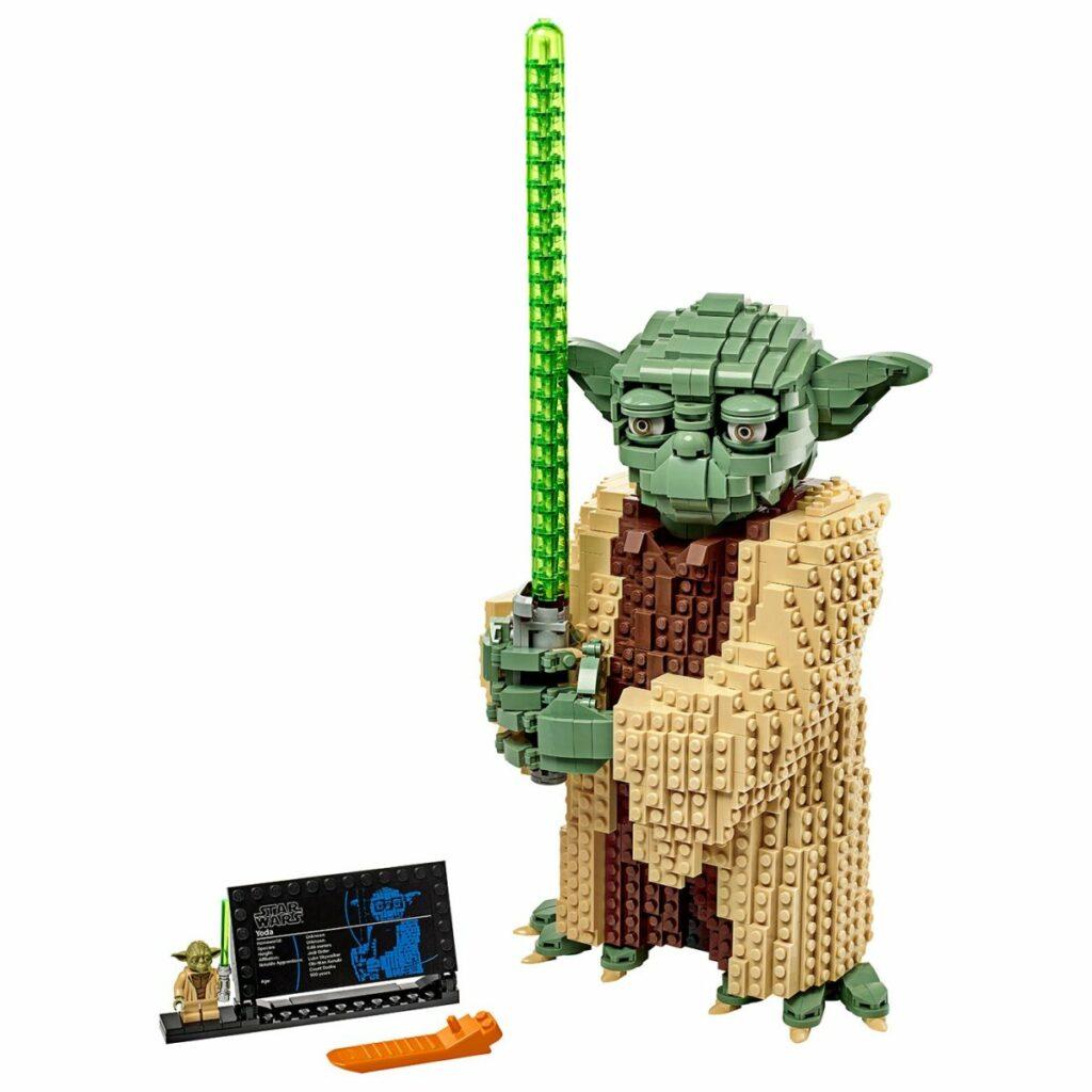 LEGO Star Wars Attack of The Clones Yoda 75255 figure